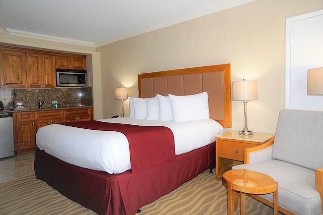 Chambre Deluxe, lit king ou deux lits doubles